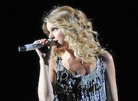 Taylor Leaves Oz 'Breathless'
