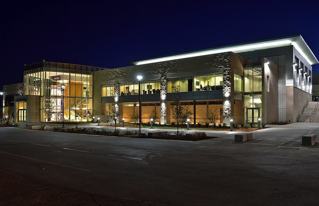 Kansas State The Latest To Open New Training Facility