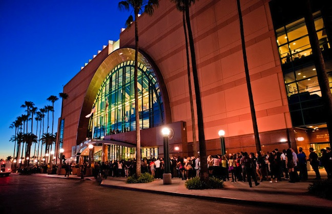 Honda Center Takes Concessions In-House