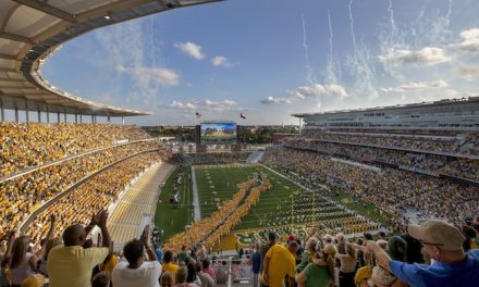 Baylor University Christens New Stadium