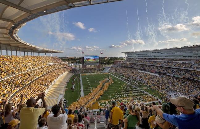 Baylor University Christens New Stadium