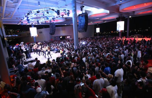 Miami Arena Goes Outdoors