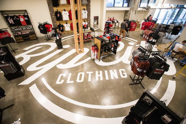 Levy's Re-imagines Merchandising