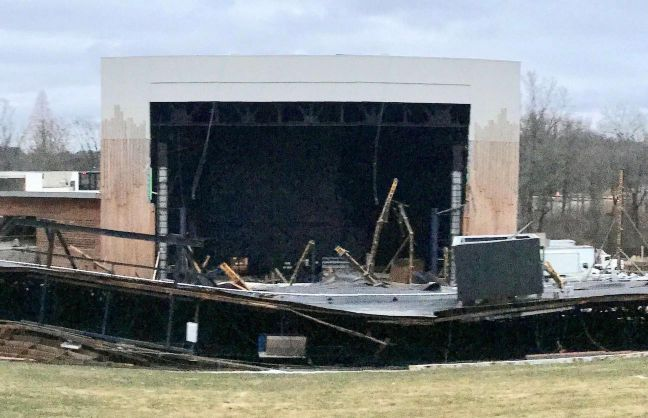 Fall of roof won't stop Merriweather Post