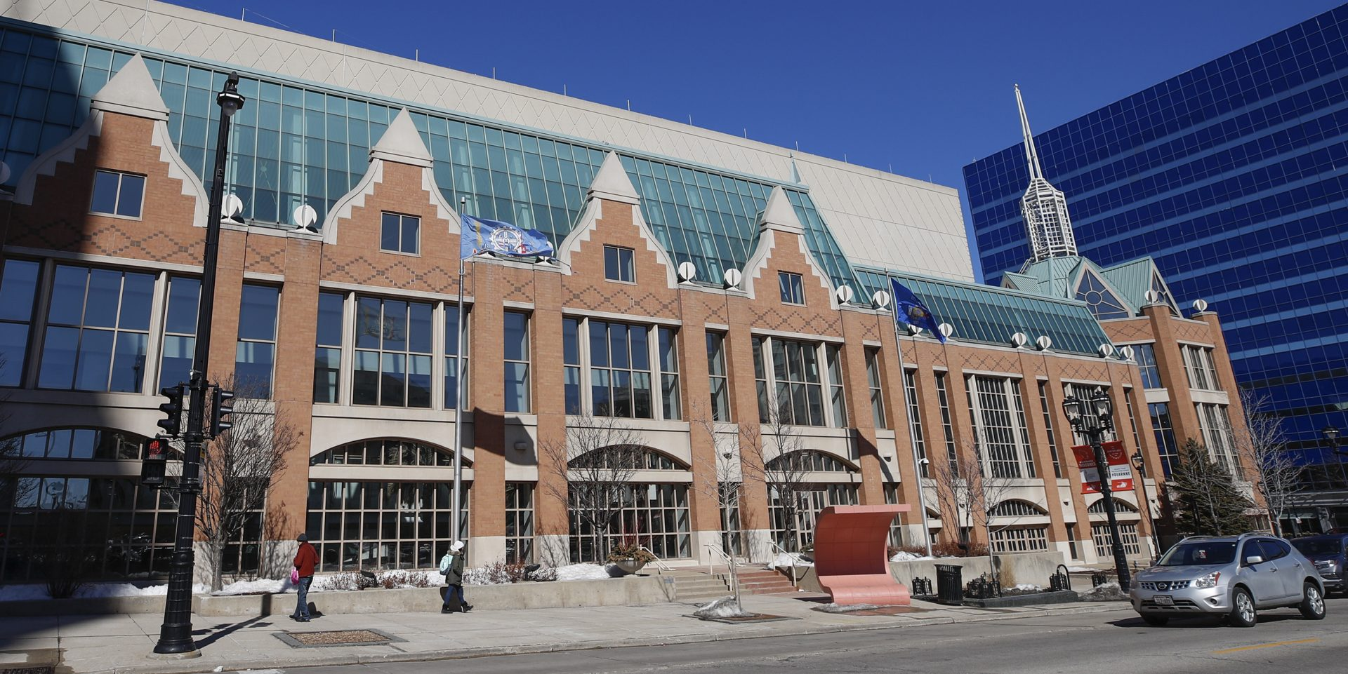Teams Picked for Wisconsin Center Work