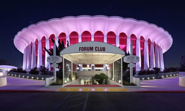 Ballmer Has Deal to Buy Forum for $400M in Cash