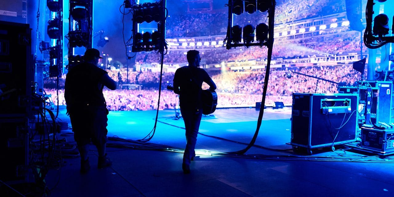 Full-Fledged Arena Tours Start to Emerge